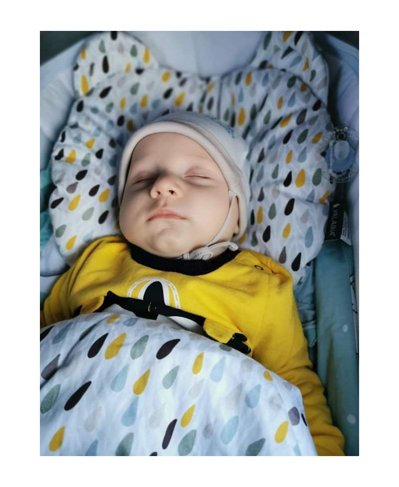 Mała bawełniana kołderka niemowlaka i starszaka KONFETTI